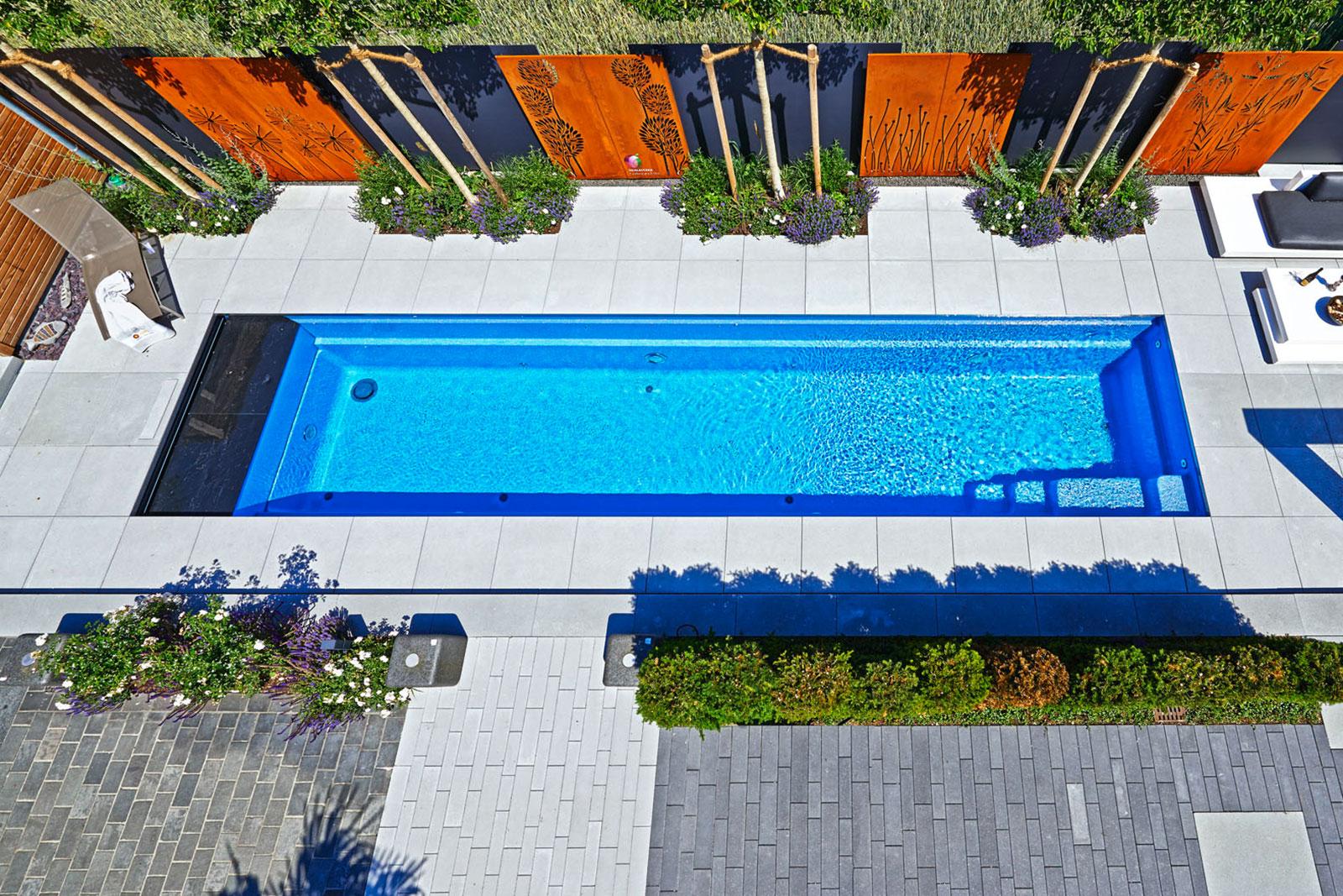 Pool Fertigbecken - Reps GmbH / Schwimmbad / Whirlpool / Poolservice